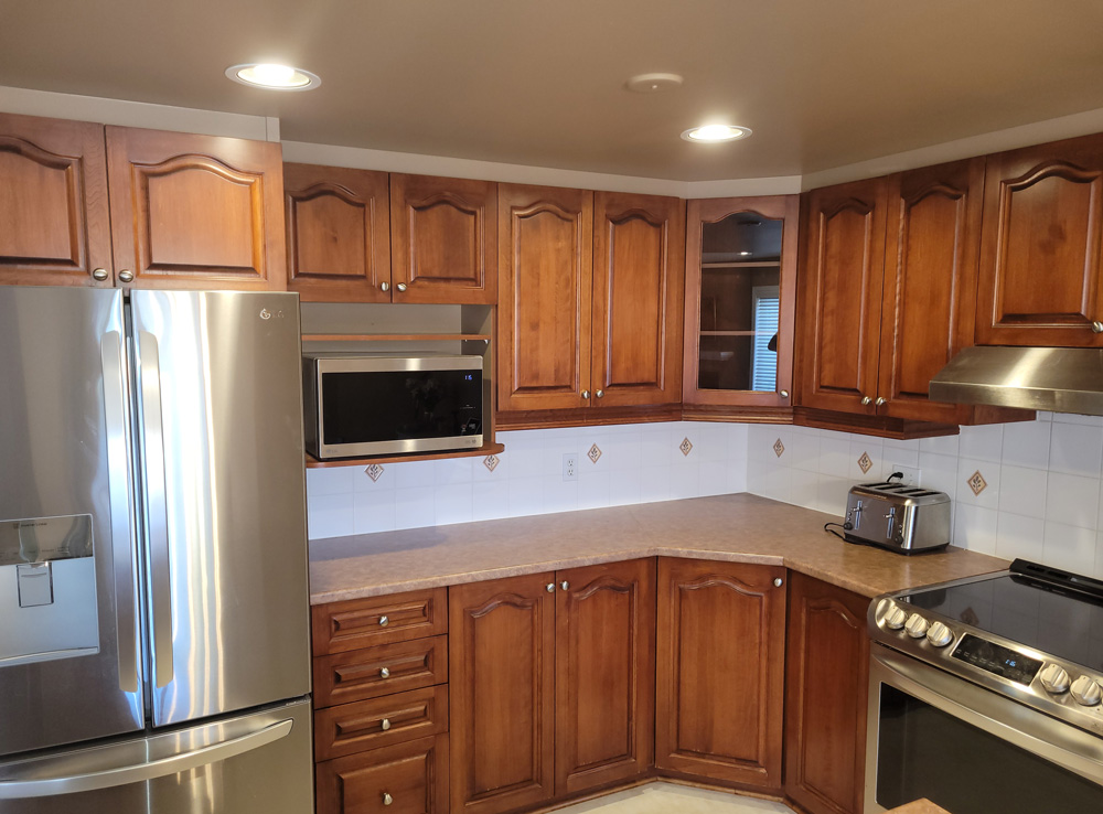 Kitchen cabinets painting service